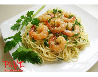 39. Mi Xao Tom - Shrimp chow mein